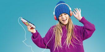 MeinPlan Kids Teaser - Mädchen mit Kopfhörer