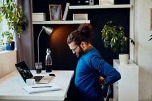 Arbeitnehmer mit drohender Berufsunfähigkeit wegen Rückenschmerzen