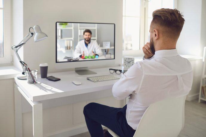 Videoanruf mit Arzt wegen Arbeitsunfaehigkeit
